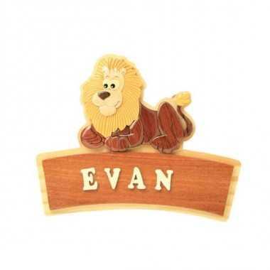 LION - Plaque de porte prénom en bois
